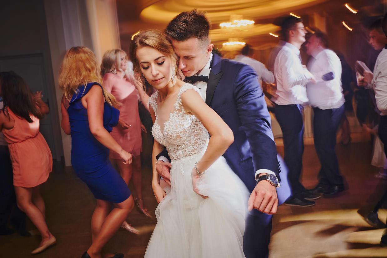 taniec na weselu w Wincentowie